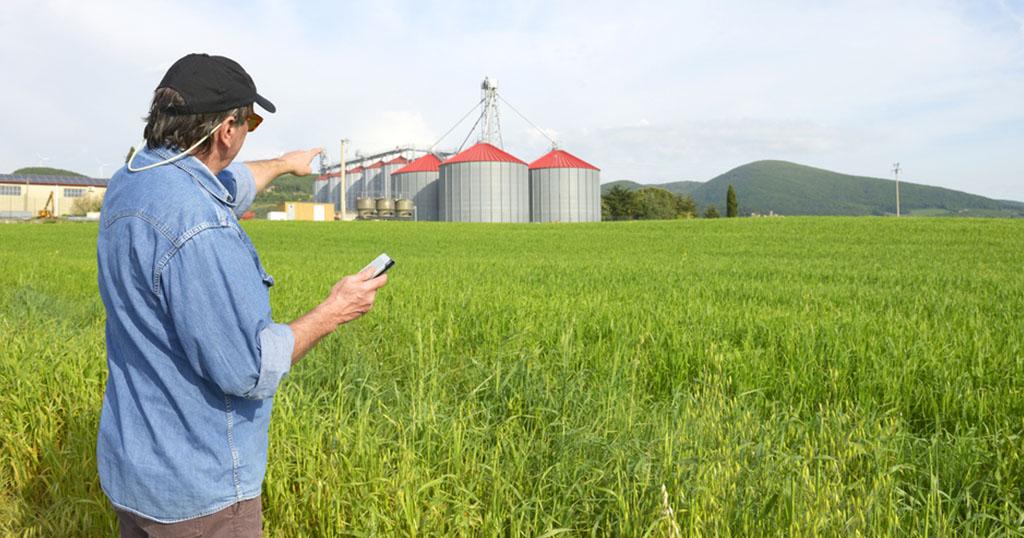 Smart Farmer หนทางรอดเกษตรไทย ในสงครามการค้าเสรี